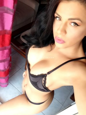 Marie-eva club libertin escort girl massage sexy à Dechy 59