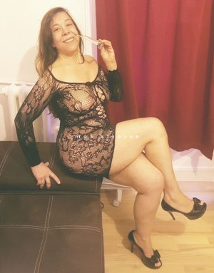 Margie massage naturiste rencontre dominatrice escort girl